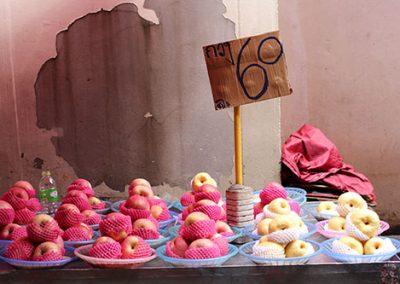 Apple vendor at Phrakanong Market